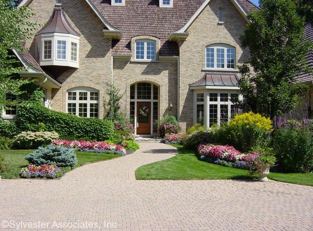 housefront2